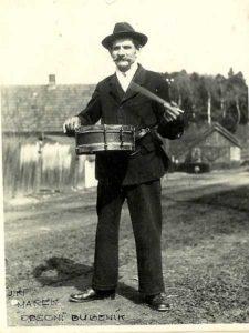 Obecní posel a bubeník Jiří Marek